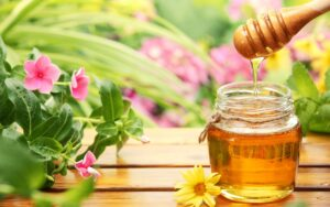 Mật ong ấm giúp tăng cường hệ miễn dịch