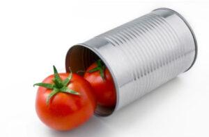 Chất axitchất BPA từ vỏ hộp sẽ ngấm vào cà chua